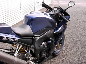 Fz1r20104019_6